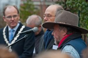 Burgemeester Schrijer, Frans Meijer en Gunter Demnig